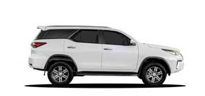 Group JH Toyota Fortuner 2.4D 4x2
